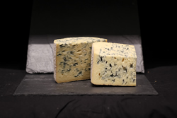 "fromage fourme d'ambert ""place aux fromages"" Langon Gironde"
